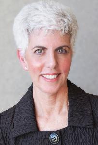 Stephanie Scotti headshot